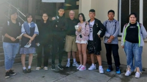 Image Chinese Students and David Edited